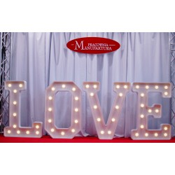wynajem napisu led LOVE